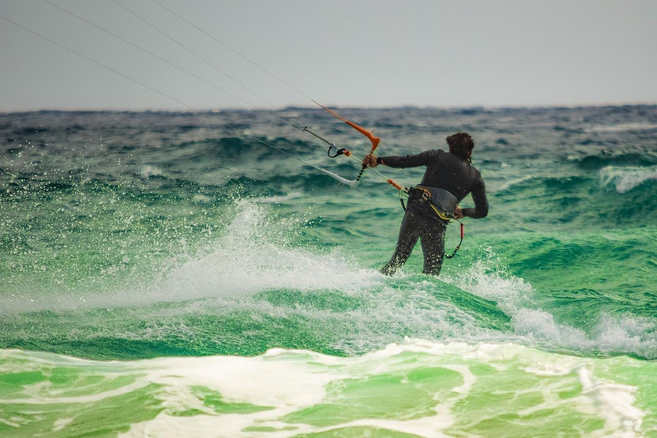 Kitesurf, Planche à Voile, Wakeboard....